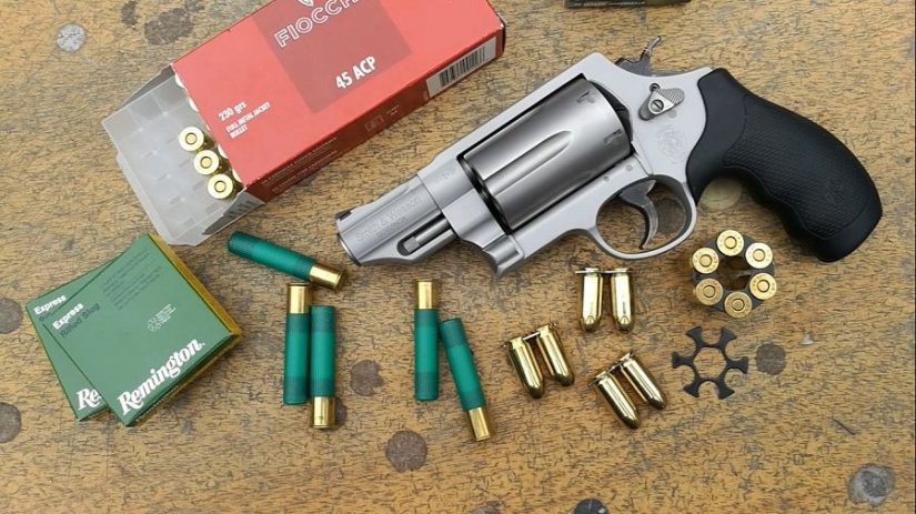 Smith & Wesson Governor Detalle