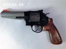 Se vende S&W modelo 327 calibre 357 Magnum